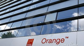 Orange : paiement sur Facebook via internet