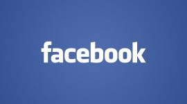 Facebook teste le message payant